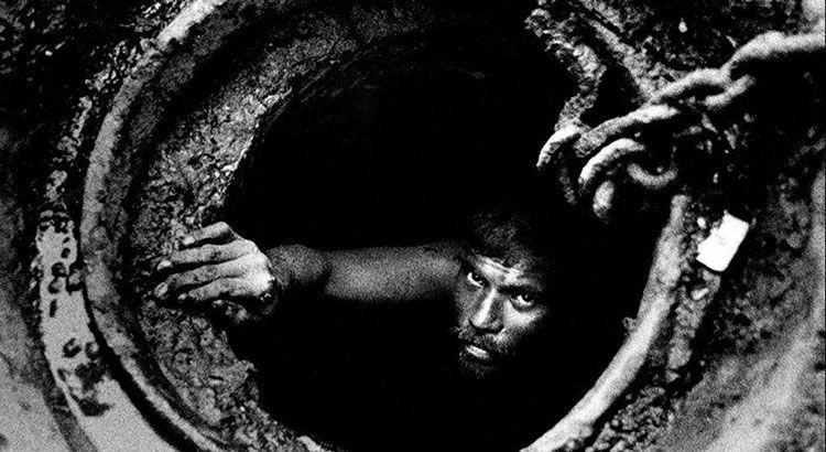 Как чистят канализацию в Мумбаи — Фото №1