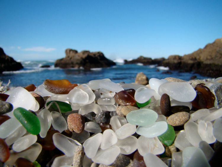 Стеклянный пляж в Калифорнии — Фото №13