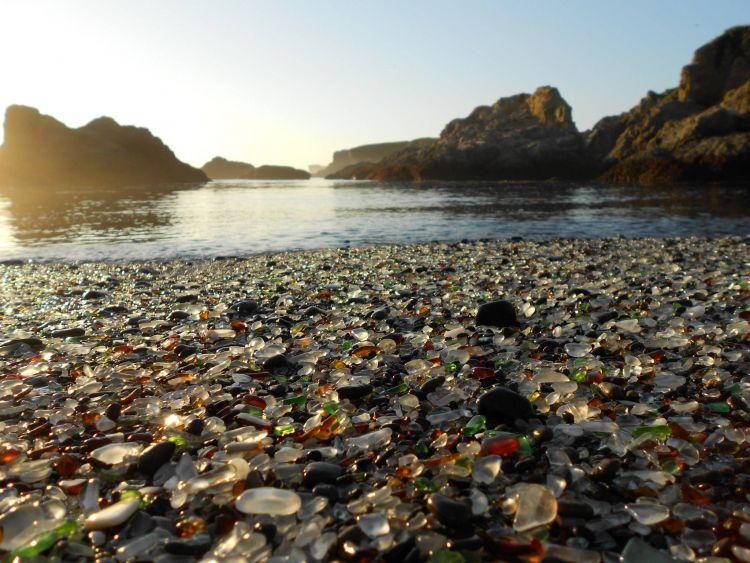 Стеклянный пляж в Калифорнии — Фото №17