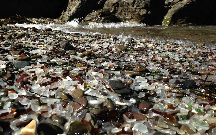 Стеклянный пляж в Калифорнии — Фото №18