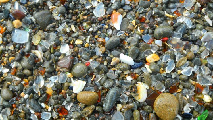 Стеклянный пляж в Калифорнии — Фото №28