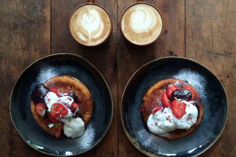 Симметричные завтраки для себя и своей половины