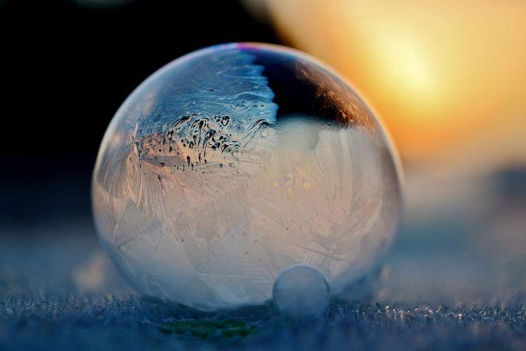 frozen-bubbles-angela-kelly-003