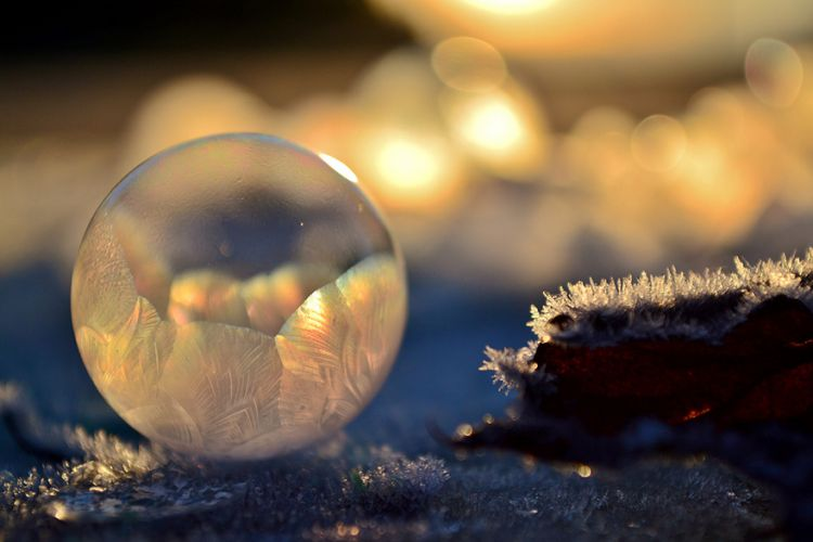 frozen-bubbles-angela-kelly-008