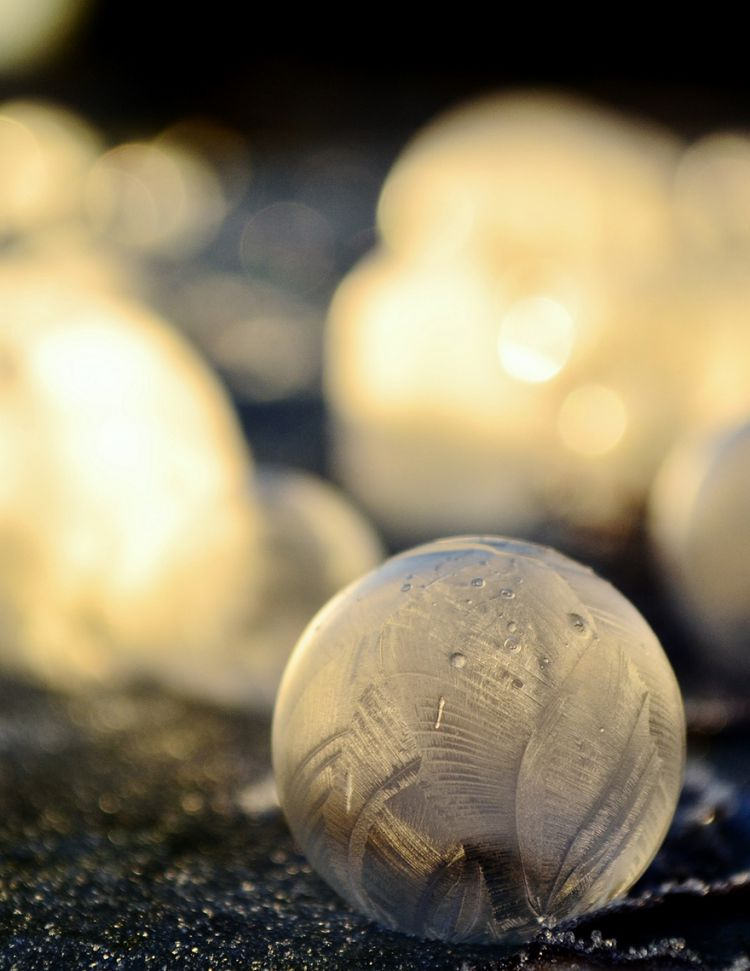 frozen-bubbles-angela-kelly-010
