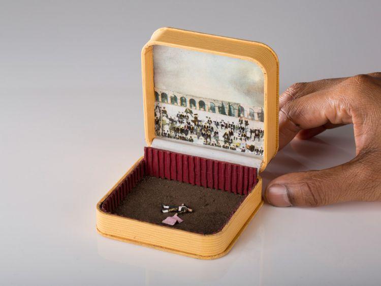 Миниатюрные диорама в антикварных шкатулках