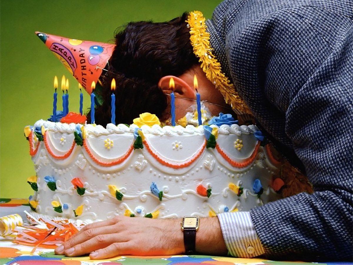 21 оригинальная традиция на день рождения