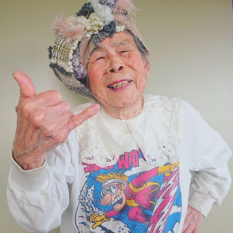 Обаятельная 93-летняя модель из Японии