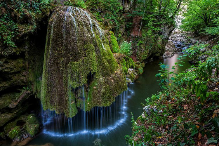Водопад Бигар — чудо природы в Румынии