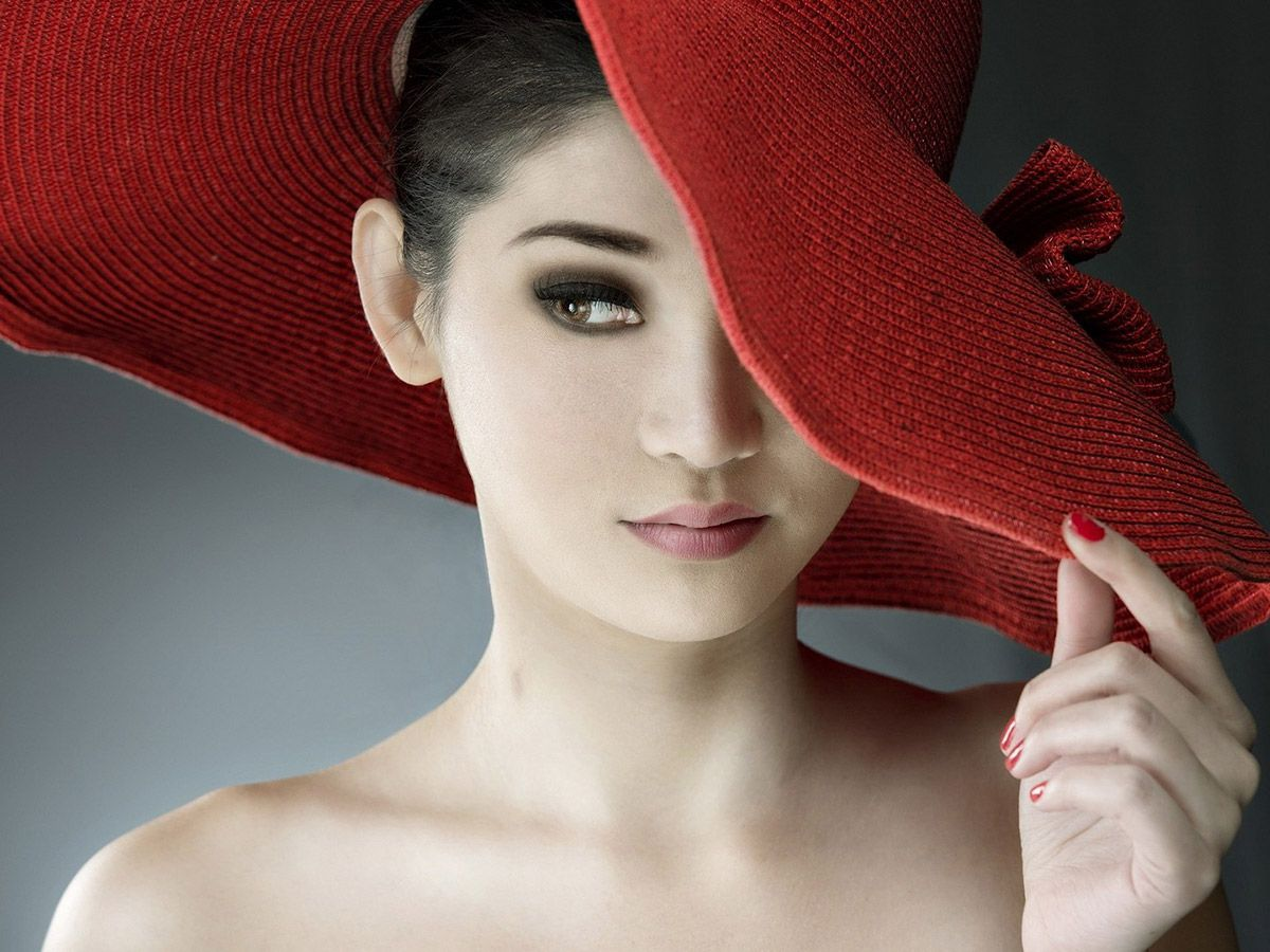 Альтернативные версии «Красной шапочки» в стиле известных писателей