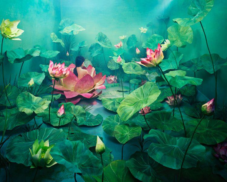 Целая вселенная в крошечной студии корейского фотографа